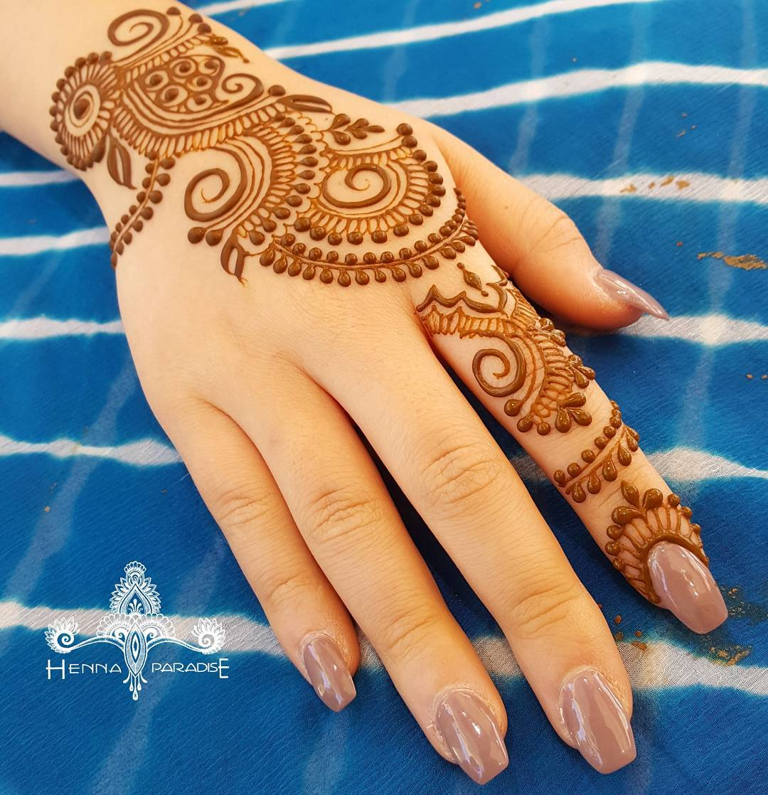 Stylish Mehndi Designs Henna Designs By Henna Paradise