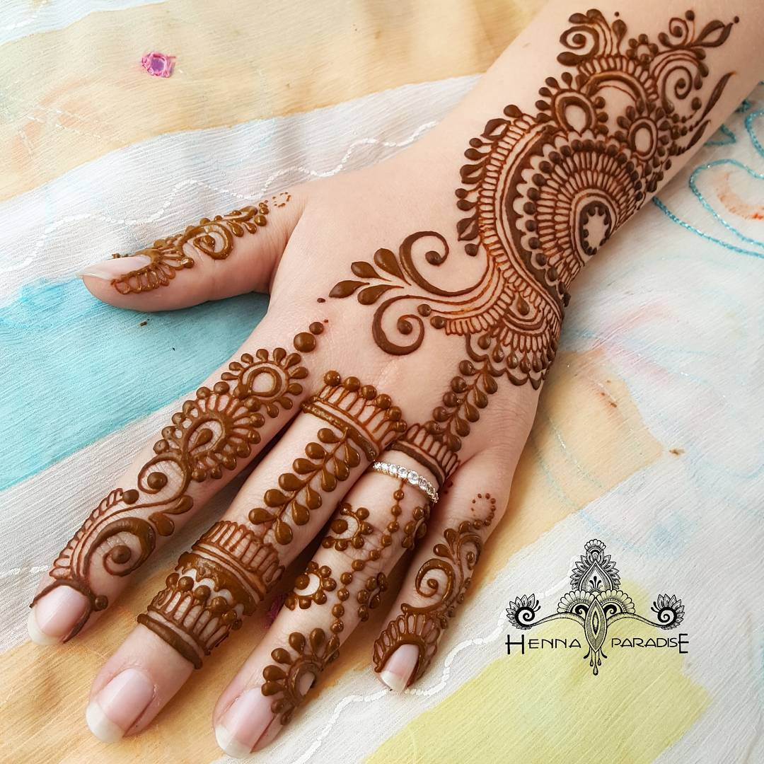 Beautiful Henna Designs: Stylish Mehndi Designs / Henna Designs
