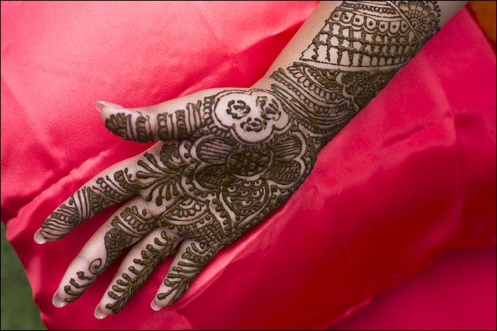 Mehndi Patterns What Are They : Stylish & trendy indian mehndi designs [2017]