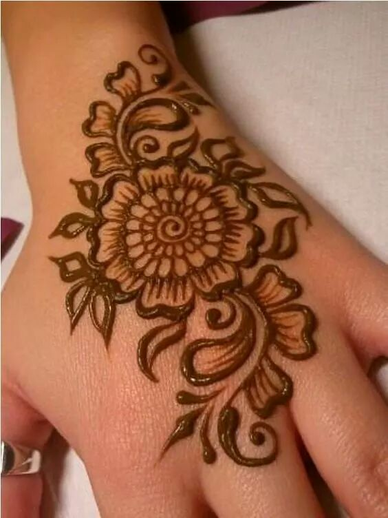 Easy flower mehndi designs for beginners flowers healthy simple and easy mehndi designs that you can do by yourself solutioingenieria Image collections