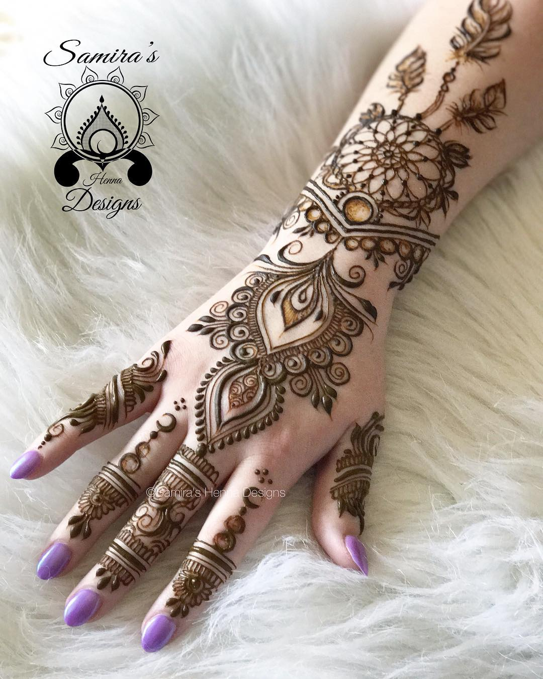 Elegant Henna Designs: Simple And Elegant Mehndi Designs For Your Hands