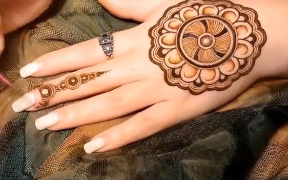 Mehndi Mandala Designs : Simple mandala mehndi design step by designs