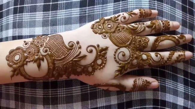 Beautiful Henna Mehndi Design Step By Step Tutorial Mehndi Designs